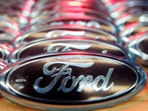 Ford expects $2.2 billion Q4 hit because of pension plans