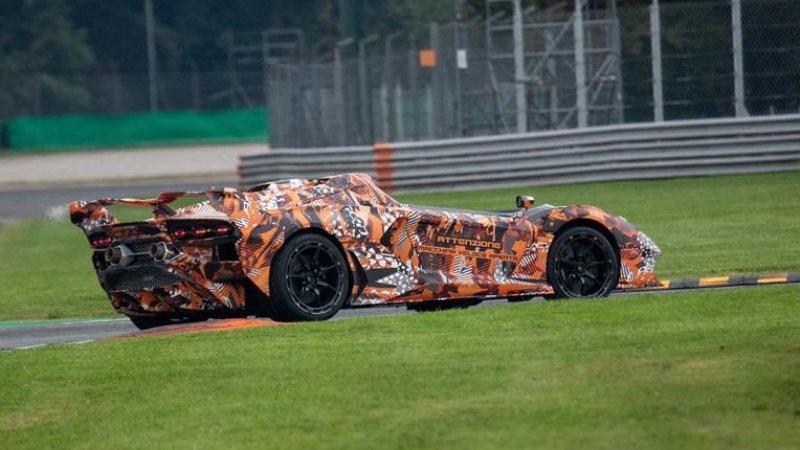Lamborghini Squadra Corse previews V12-powered roadster