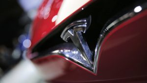 Michigan bill may end Tesla's direct-to-customer sales