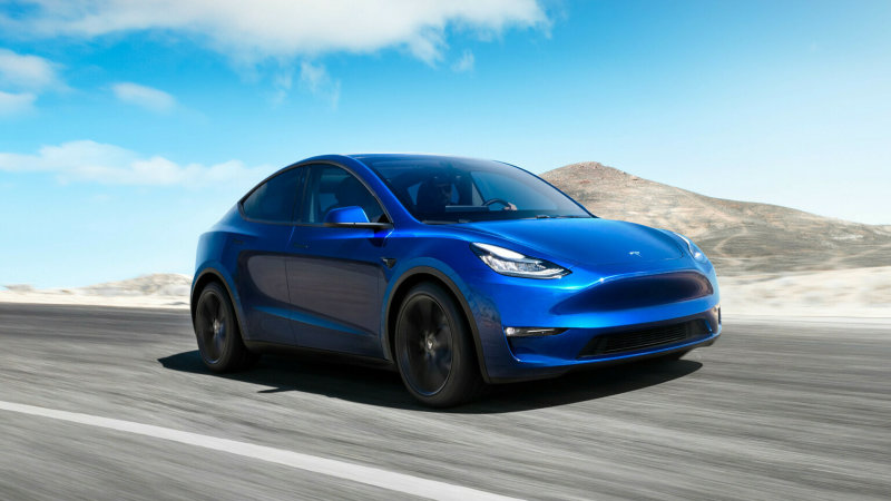 NHTSA says drivers at fault with Tesla unintended acceleration claims