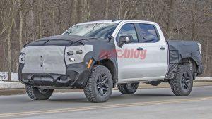 Chevy Silverado ZR2 spy shots show big tires, skid plates