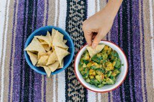 How to Make Zesty Mango Guacamole