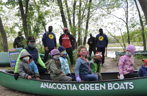 D.C. Is Offering Free Canoes If You Use 'Em To Pick Up Trash on the Anacostia